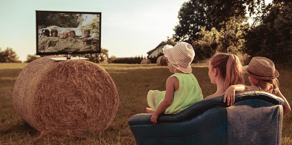 12 Volt Fernseher für das Wohnmobil